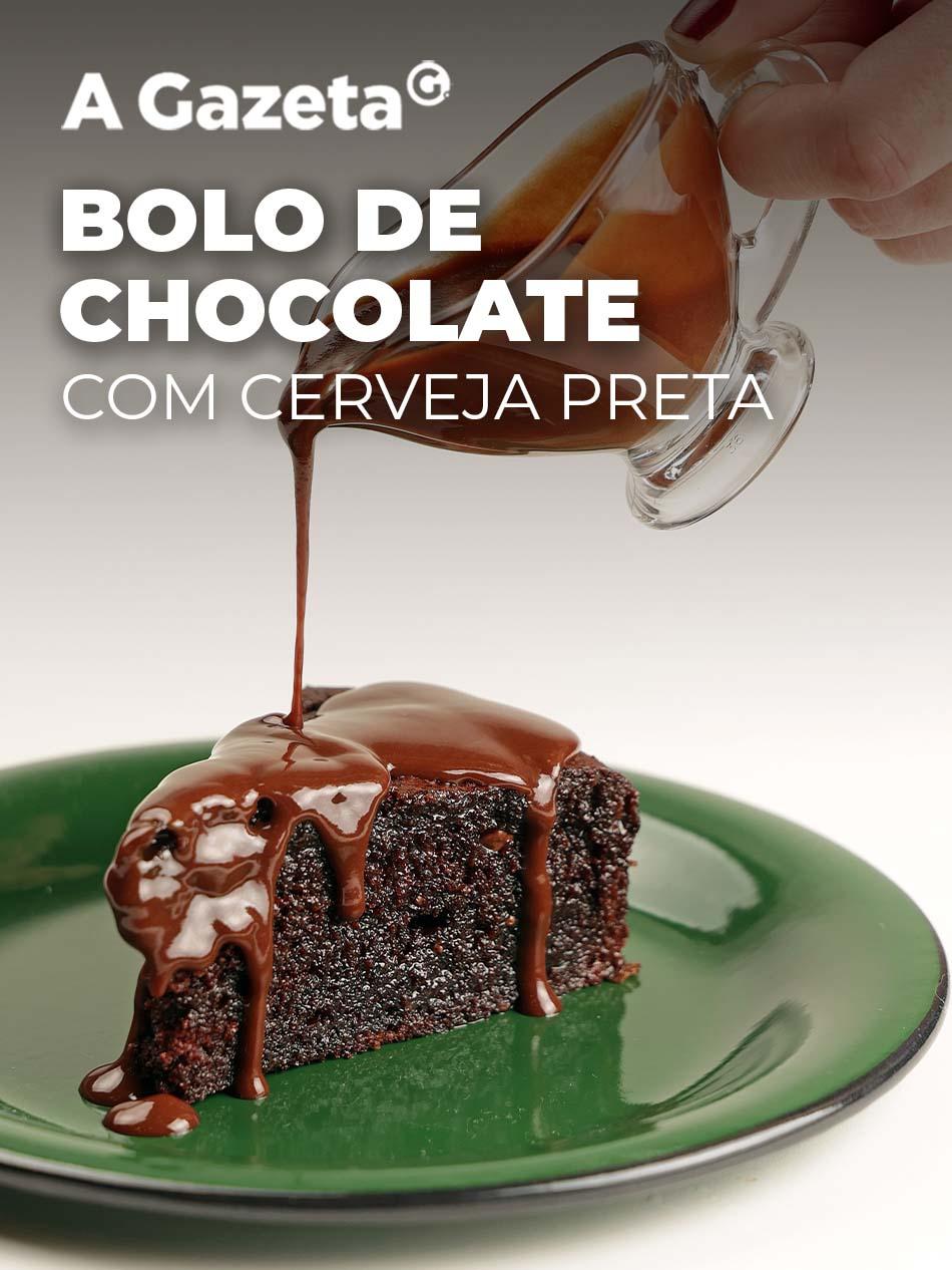 Quando bate a vontade de comer chocolate, um bolo bem fofo e molhadinho é uma ótima pedida. Por isso, confira essa receita chocolatuda.